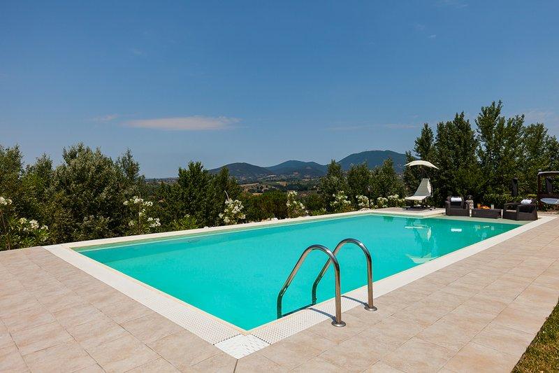 Pool Villa near Rome, holiday rental in Ponzano Romano