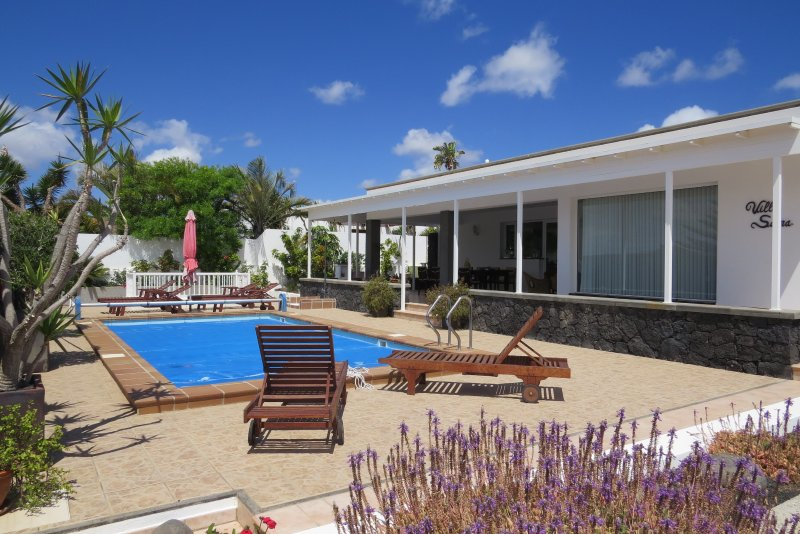 luxury villa, vacation rental in Puerto Calero