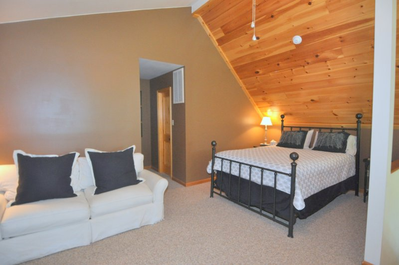 Loft Level Master Suite with Queen Bed and Sleeper Sofa