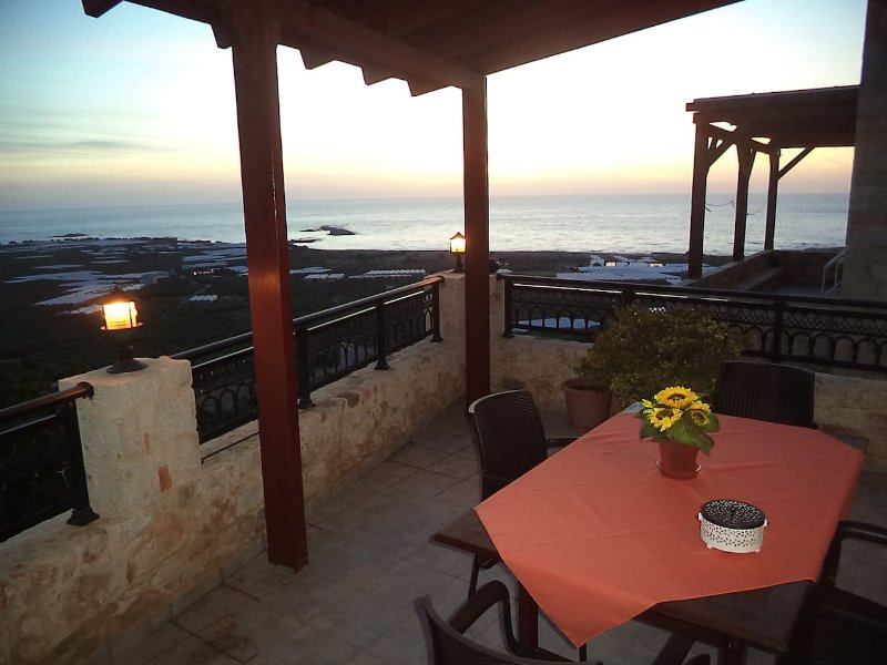 KAVOUSI TRADITIONAL HOME, holiday rental in Falassarna