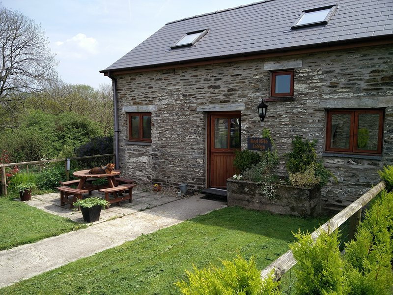 Red Kite Lodge, holiday rental in Cilgerran
