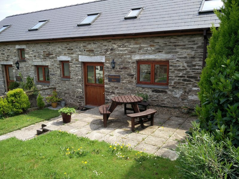 Woodpecker Barn, holiday rental in Cilgerran