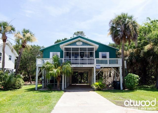 Homesley - Second Row, St. Helena Sound, Pet Friendly, holiday rental in Edisto Island