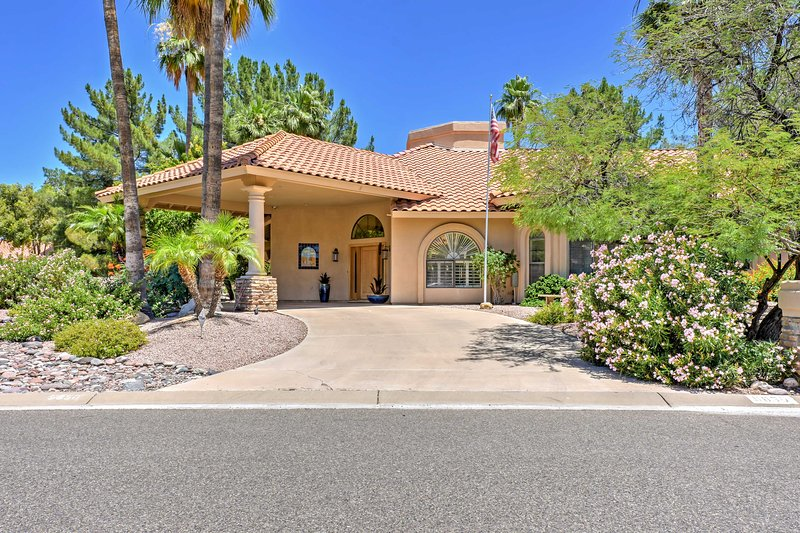 Your dream desert getaway in a world-class destination is here, in sunny Scottsdale, Arizona!