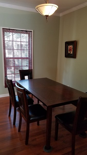 Dining room, table can sit 6 plus 2 folding chairs