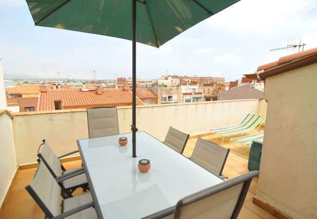 Spacious property near the beach, vacation rental in Malgrat de Mar