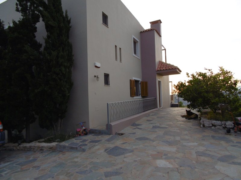 Archanes Farm House, vacation rental in Vasilies