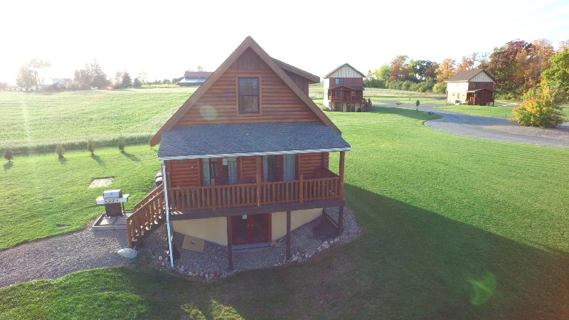 Otisco Log Home at Cobtree
