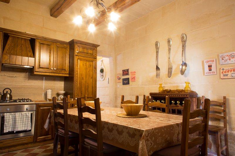 NEW! Renovated Maltese Townhouse., vacation rental in Cospicua (Bormla)