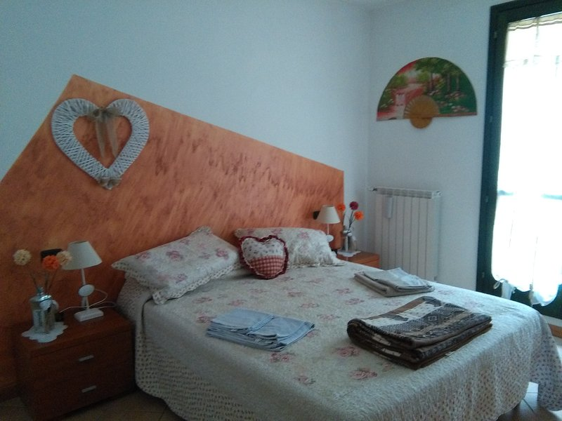 B&B Tulipano camera con terrazza, holiday rental in Idro