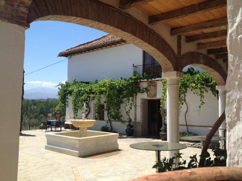 Preciosa y tranquila casa en el campo con fantásticas vistas, casa vacanza a Gor