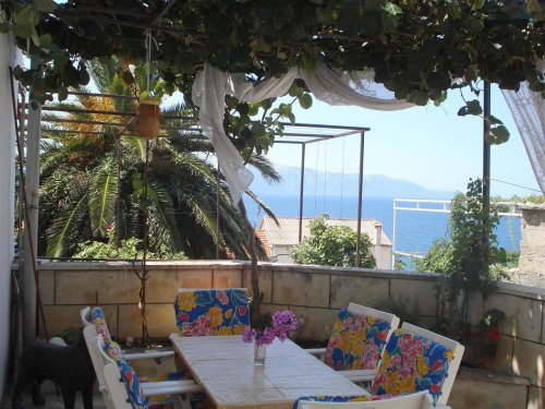 Beautiful private apartment 3mins from the beach!, vakantiewoning in Brist