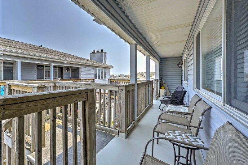 Ubicado en Sea Isle City tiene que ofrecer desde este 3 dormitorios, condominio de alquiler de 1,5-vacaciones de baño.