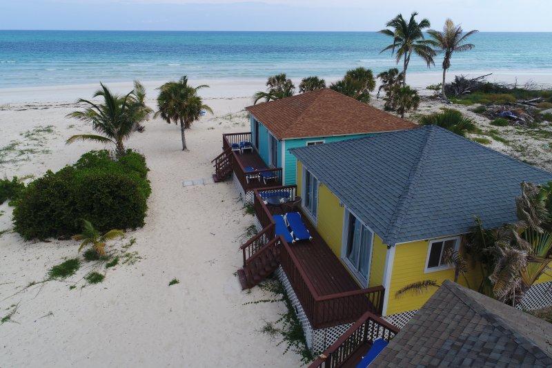 Quiet/ Romantic Island Beachfront Getaway, vacation rental in McLean's Town