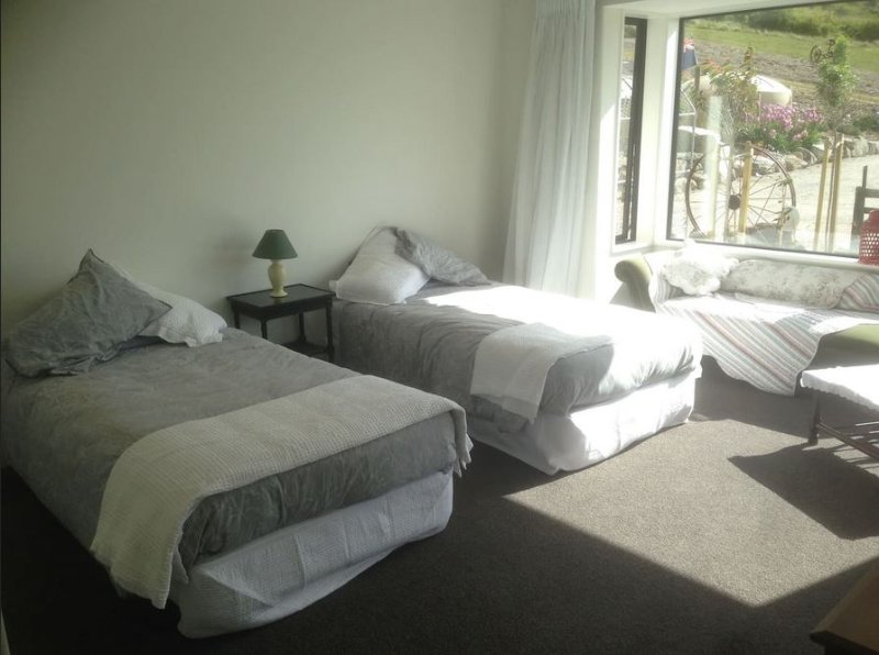 Gibbston Heights Retreat Room 2, holiday rental in Cardrona