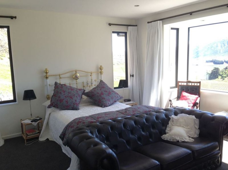 Gibbston Heights Retreat, holiday rental in Gibbston