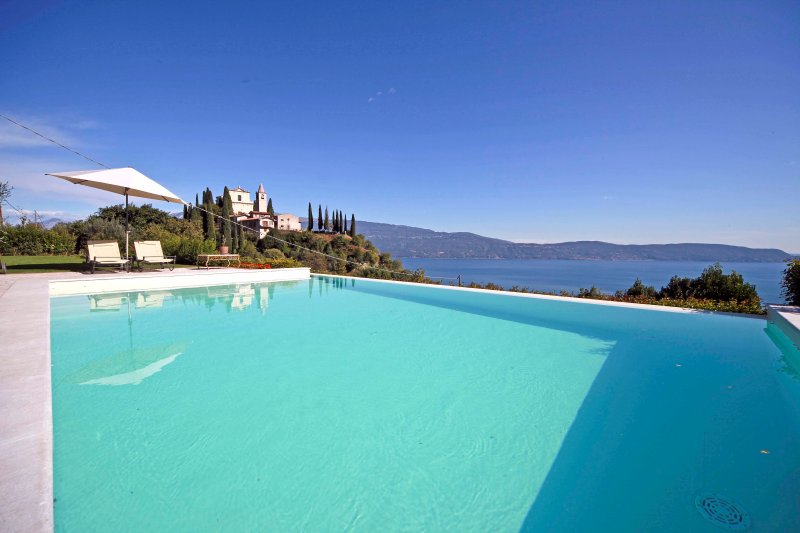 Villa Le Selve, holiday rental in Toscolano-Maderno