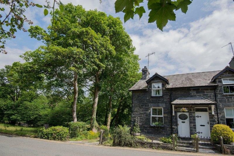 Glan Dulyn, (Riverside etreat) Mill St, Betws-y-Coed, Snowdonia dejó vacaciones