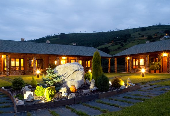APARTAMENTOS RURALES EL FRESNU, holiday rental in Tineo Municipality