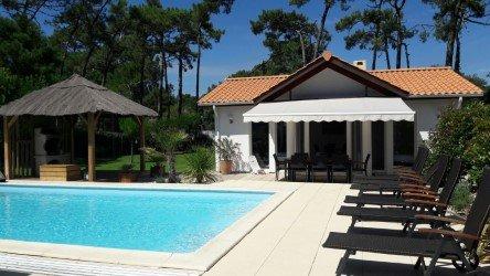 Charmante villa/proche mer/piscine sécurisée/Wifi dans la villa
