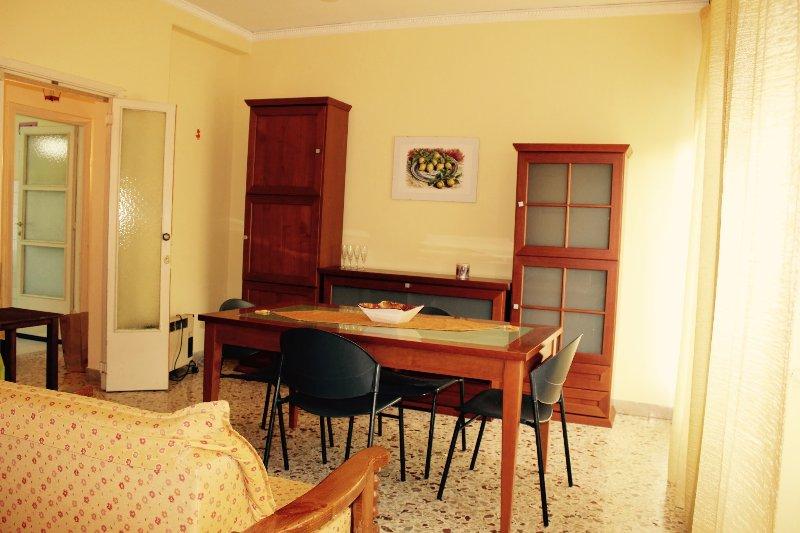 Casa delle pomelie, holiday rental in Contessa Entellina