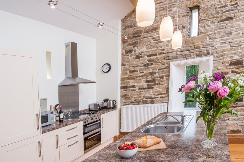 Crabtree Barn - relax in peace and luxury in the Yorkshire countryside, vakantiewoning in Diggle