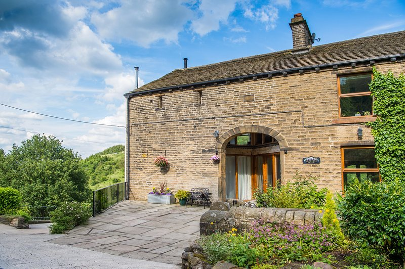 Crabtree Barn - relax in the Yorkshire countryside, casa vacanza a Ripponden