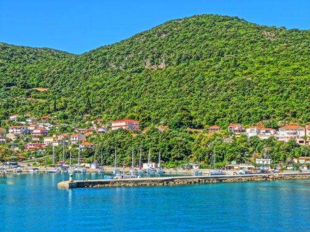 scenic village of Poros
