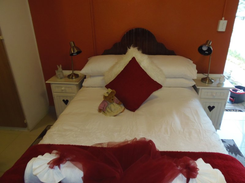àBientôt. A lovely 'home away from home', Ferienwohnung in Kempton Park