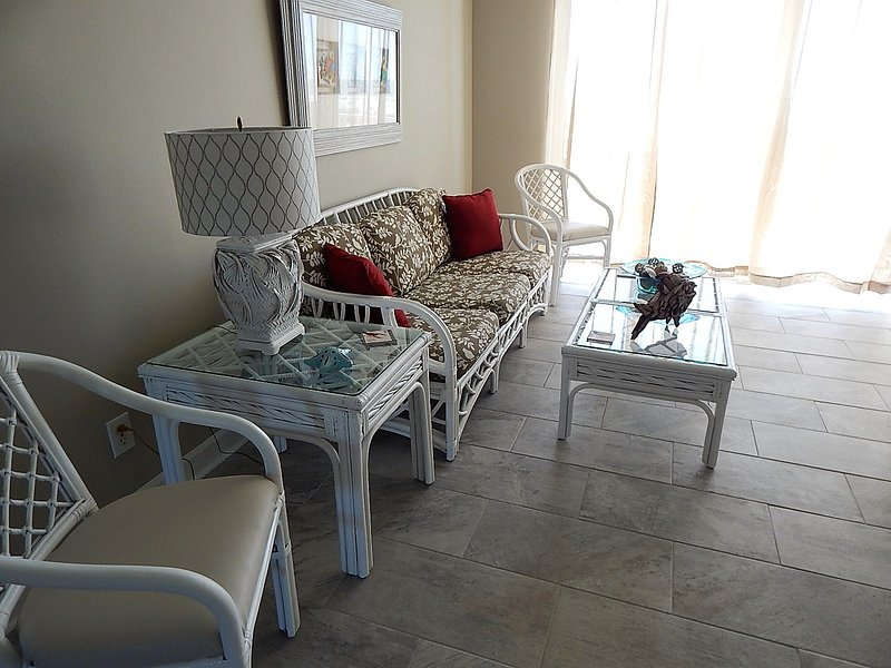 Chair, Furniture, Indoors, Room, Bedroom
