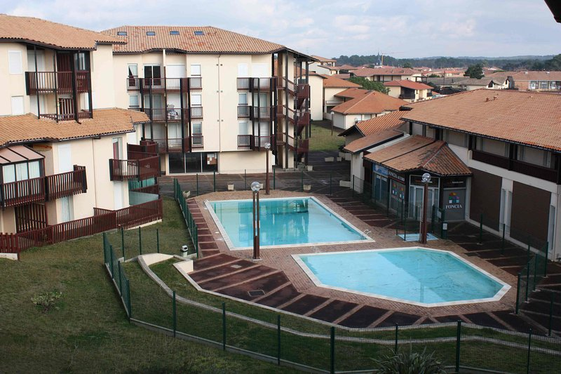 Appartement (4P), avec piscine, à côté Lac Marin de Port d'Albret, location de vacances à Vieux-Boucau-les-Bains