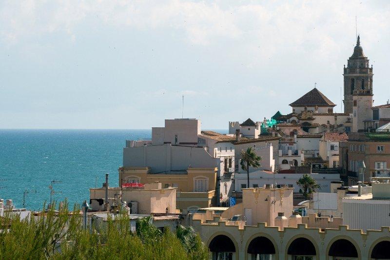 Vistamar, nuevo y a solo 5 minutos de la playa., vacation rental in Sitges