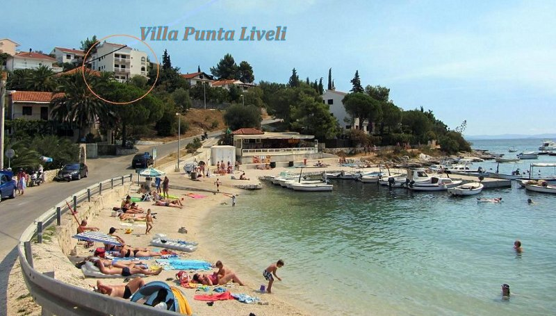 Villa  Punta Liveli. Beach of Mavarshitsa bay