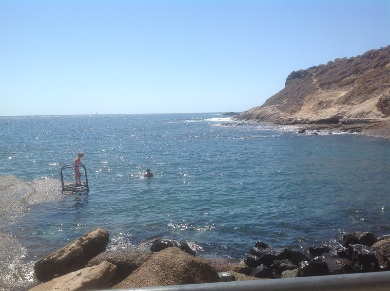 Sea front cottage, holiday rental in La Caleta