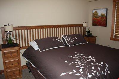 Ottenere un buon riposo notturno in uno dei letti comodi