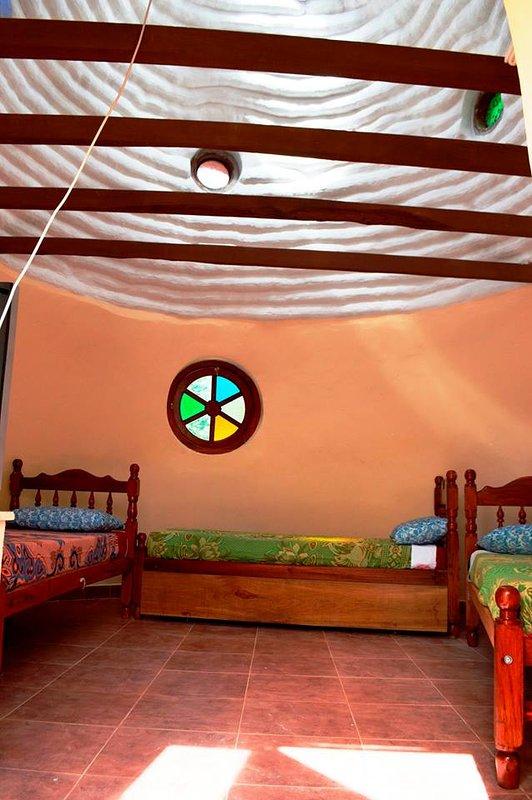 The dome Frodo sleeps 4