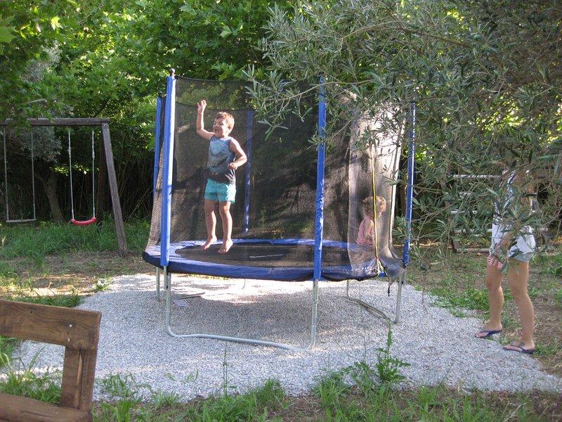 Sommerferien voller Freude, Lachen, angenehme Aktivitäten! Jeder Tag zählt! Jede Stunde ist kostbar