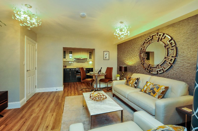 Apartment 8 Blue Bridge Court, vacation rental in Fulford