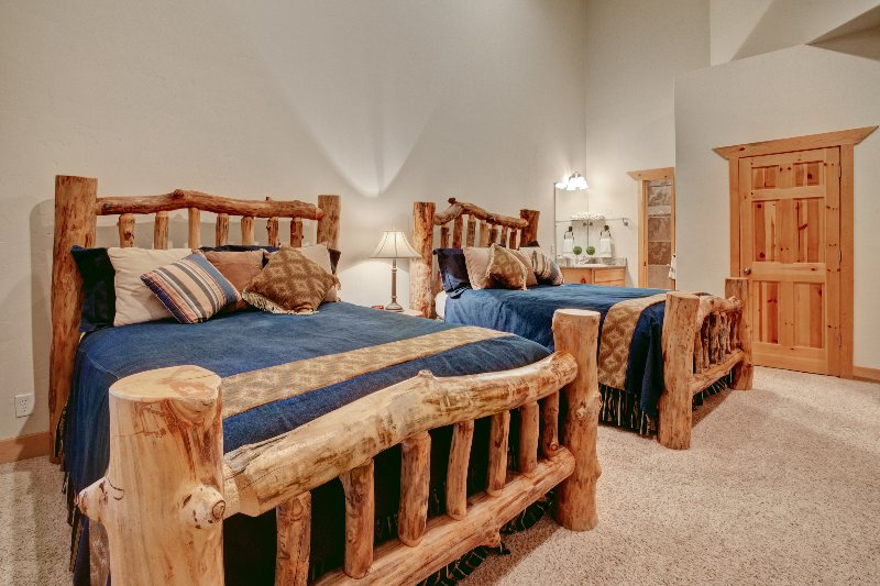 Camera da letto - due letti queen size con schermo piatto