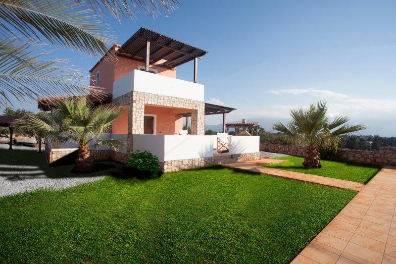 Rafaella Villa with pool Kefalas Crete, holiday rental in Kefalas