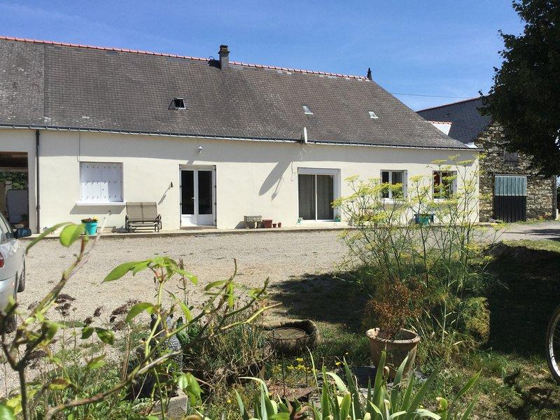 Farmhouse holidays, casa vacanza a Erbray