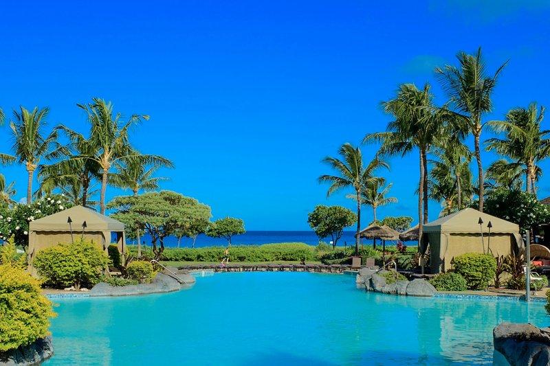 Disfrute de una de las mejores experiencias en resorts de Maui.