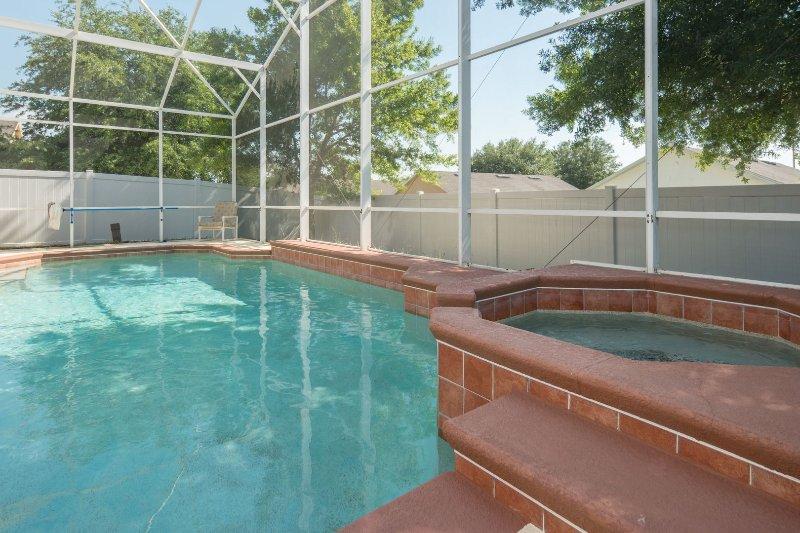 cuatro esquinas piscina 1