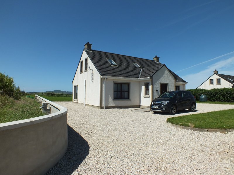 Seaview Cottage Downings, Co, Donegal Ireland, holiday rental in Crocknamurleog