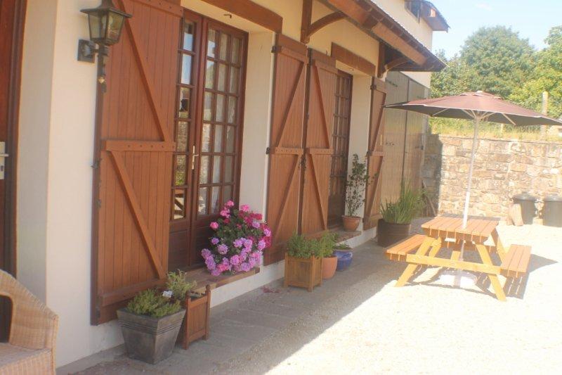 Walnut House, casa vacanza a Landelles-et-Coupigny