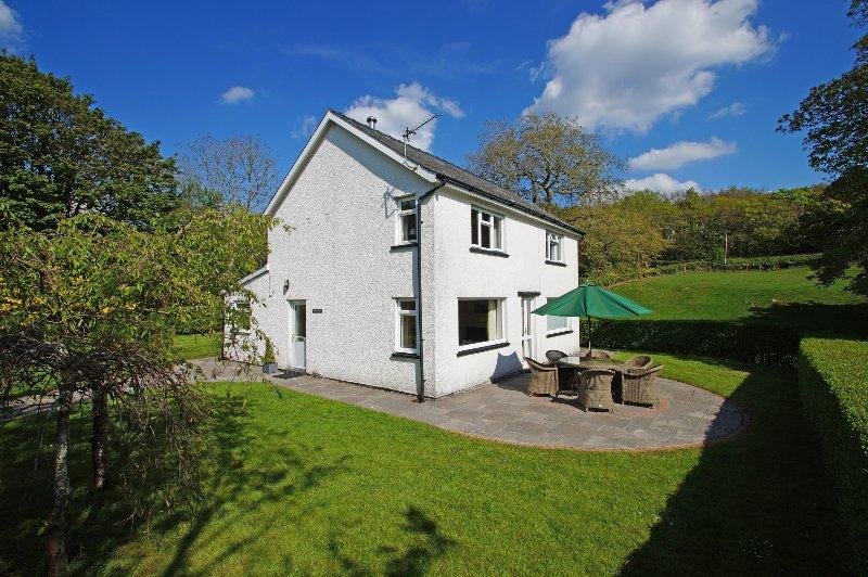 Auto casa rural cerca de Aberdyfi, establece dentro de su propio jardín cerrado