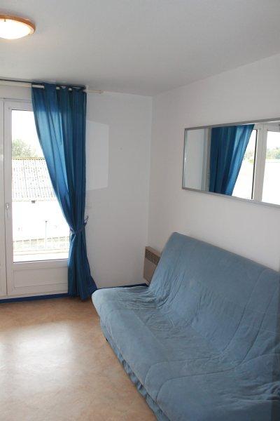JOLI STUDIO A SAINT PALAIS SUR MER A 200M DE LA PLAGE, vacation rental in Saint-Palais-sur-Mer