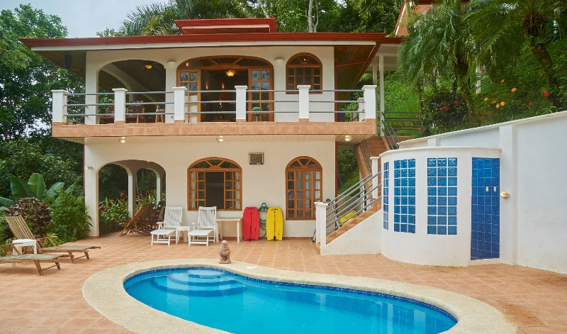 Casa de Laurel - Ocean View, Pool, 10min to the Beach and Dominical!, vacation rental in Dominical