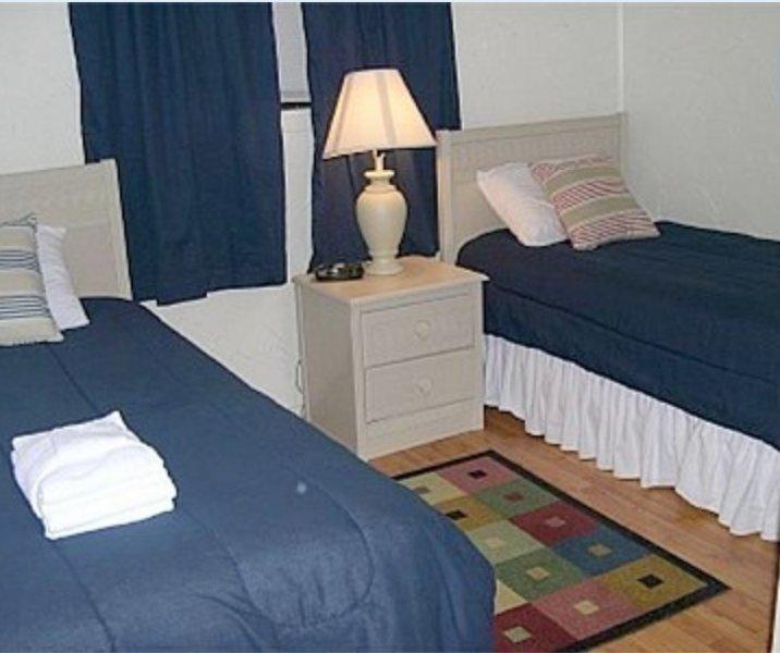 Resort Condo - Beach, 3 Pools, Tennis, Restaurants, Fitness, Hot Tub, Sauna!!, holiday rental in Hilton Head