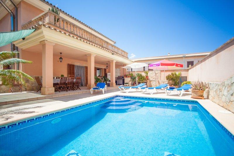 CAS BARBER - Villa for 8 people in MURO, holiday rental in Muro